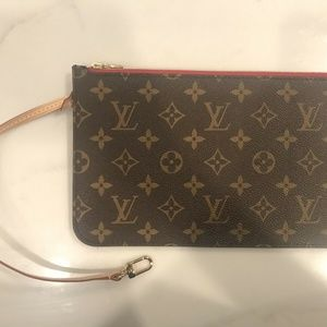 NEW LOUIS VUITTON NEVERFULL POUCH POCHETTE - RED